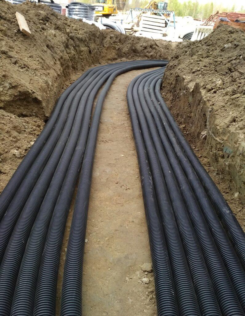 Монтаж силового кабеля в земле